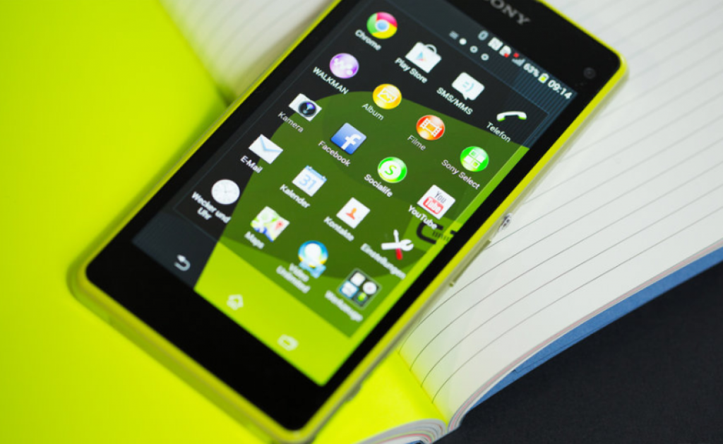 Лучший смартфон - Sony Xperia Z5 Compact