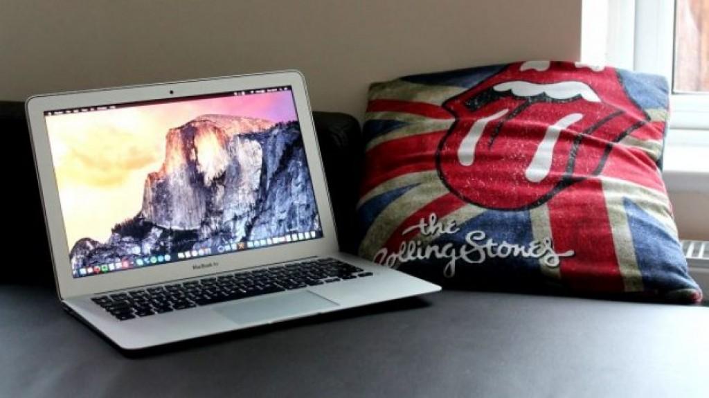 Лучший ноутбук MacBook Air 13 (2015)