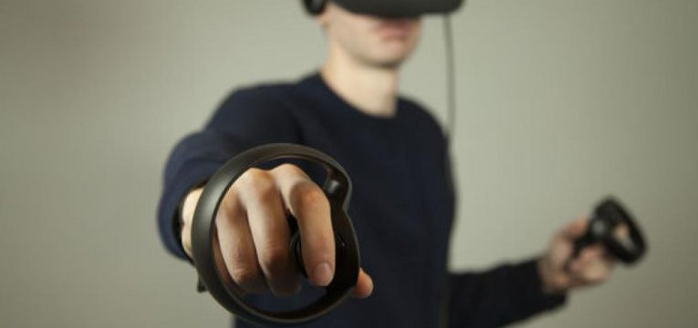 Контроллер Oculus Touch для Oculus Rift
