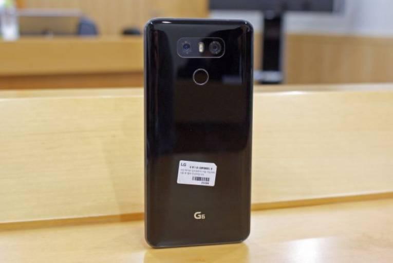 Смартфон LG G6