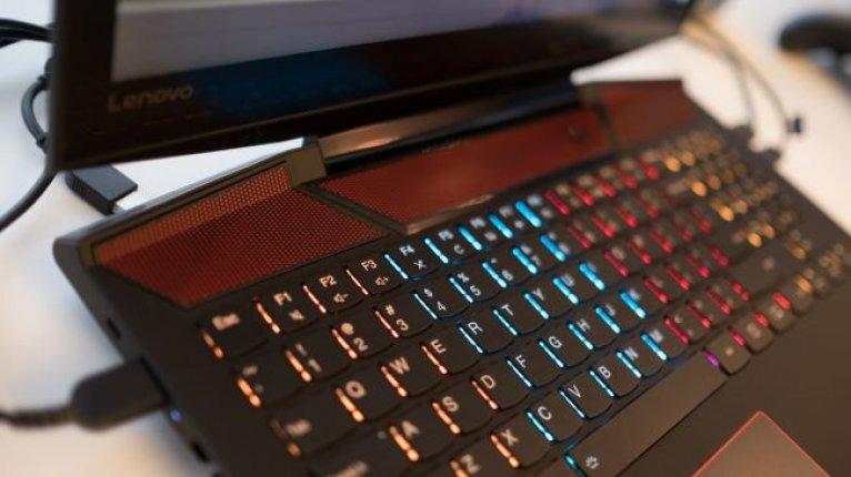 Игровой ноутбук Lenovo Legion Y720