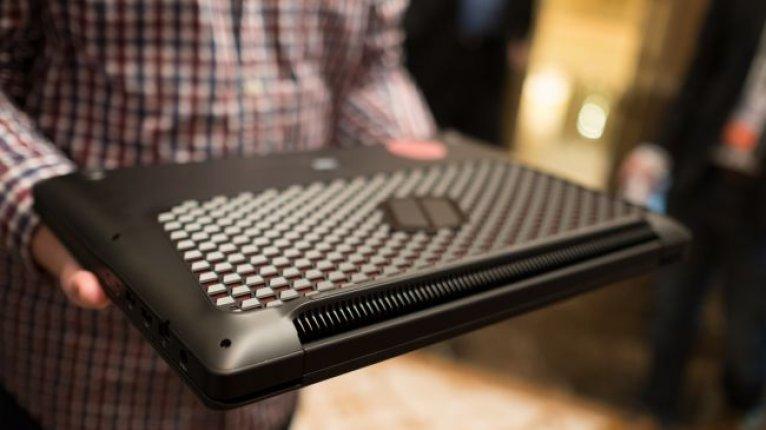 Ноутбук Samsung NoteBook Odyssey 17