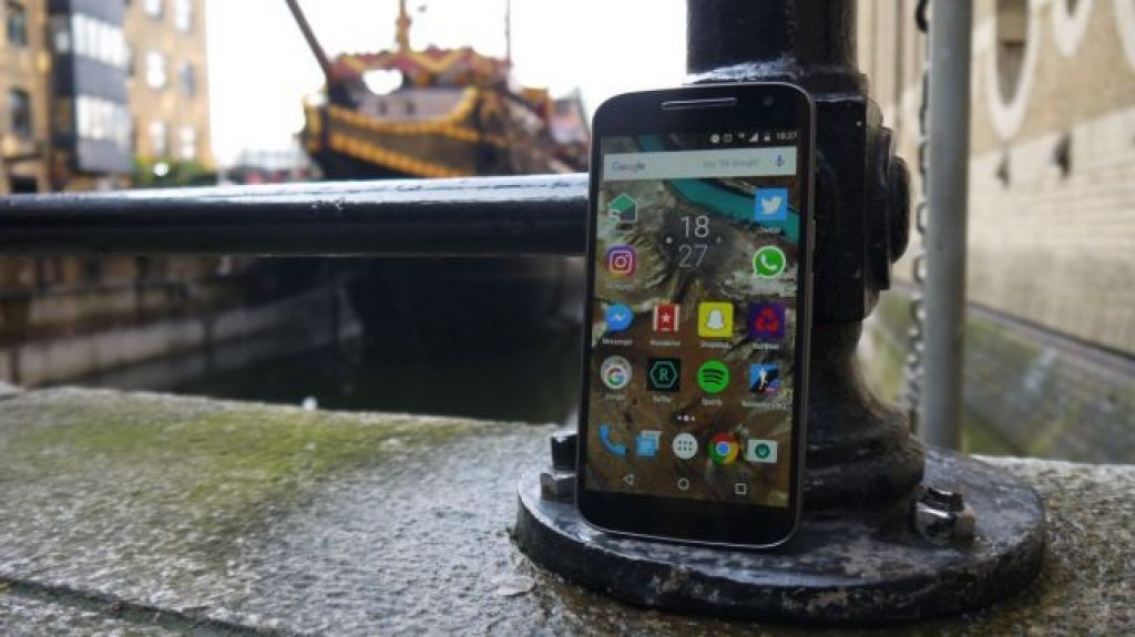 Смартфон Motorola Moto G4