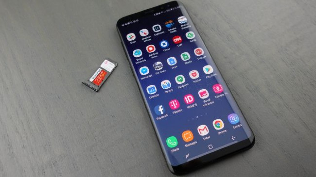 Смартфон Samsung Galaxy S8 Plus