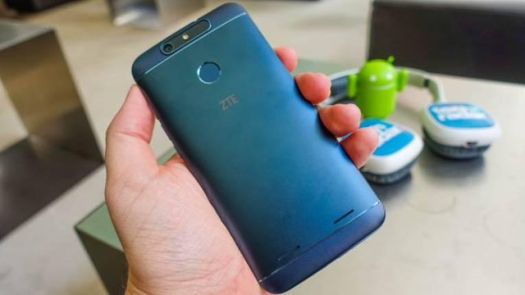 Смартфон ZTE Blade V8 Lite
