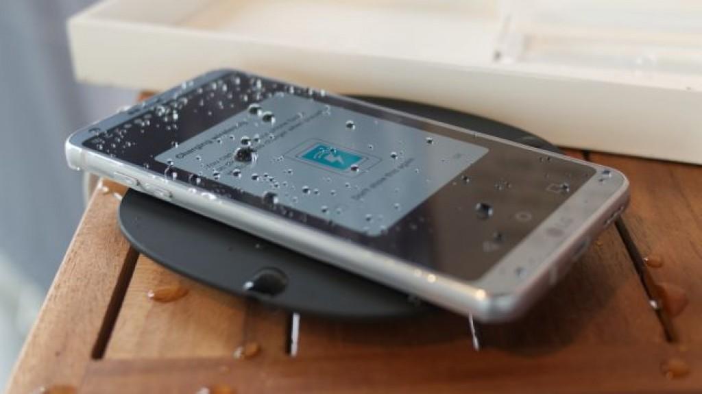 LG G6 - Беспроводная зарядка
