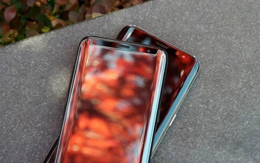 Zagg Sapphire Defense Curve для Galaxy S8