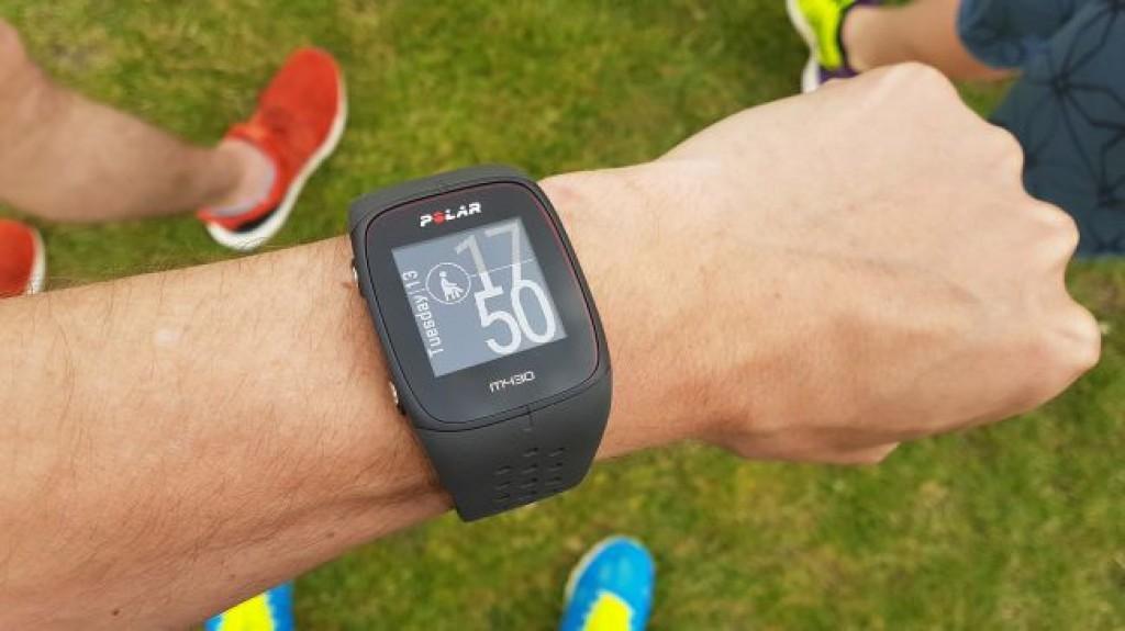Лучший фитнес браслет - Polar M430