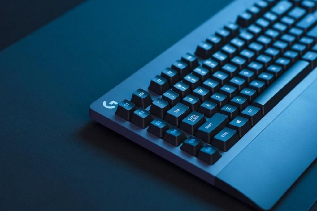 Игровая клавиатура - Logitech G810