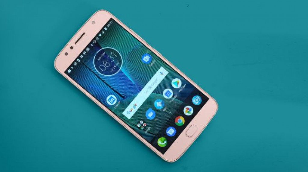 Смартфон Moto G5S Plus