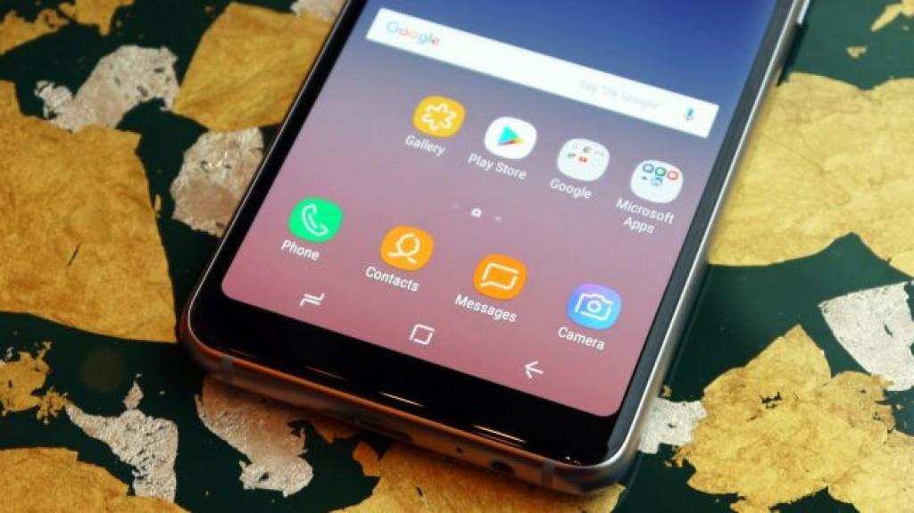 Смартфон Samsung Galaxy A8