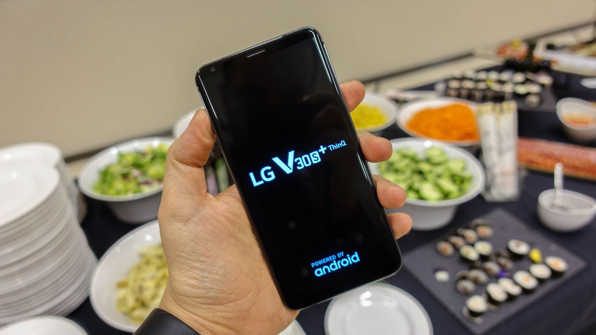 Обзор LG V30S ThinQ