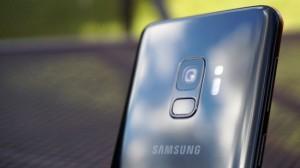 Смартфон Samsung Galaxy S9