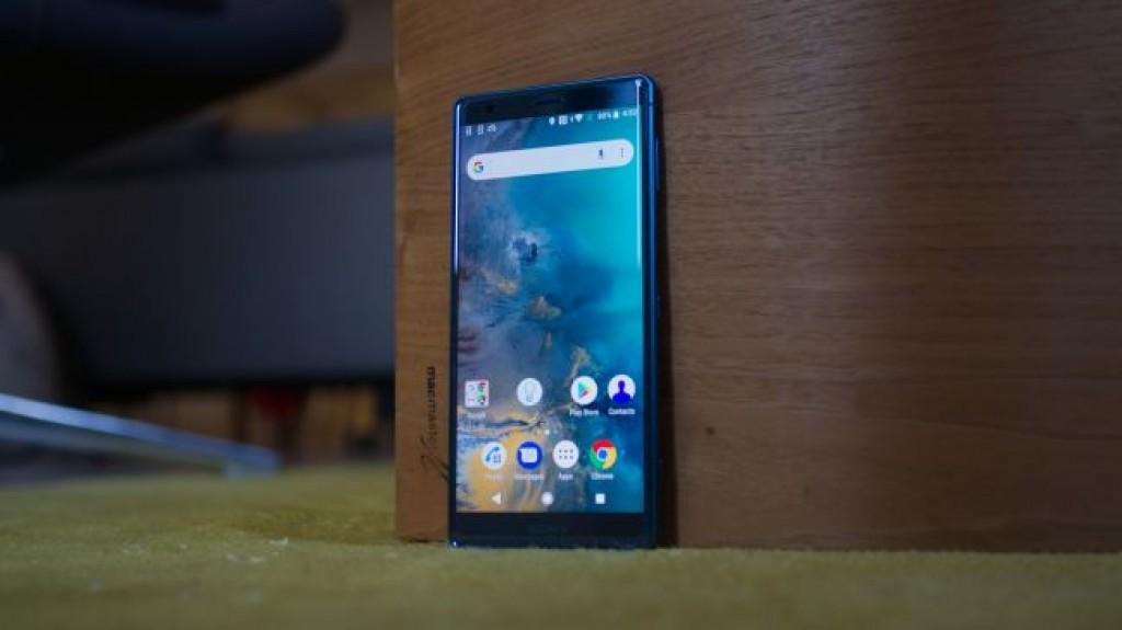 Смартфон Sony Xperia XZ2