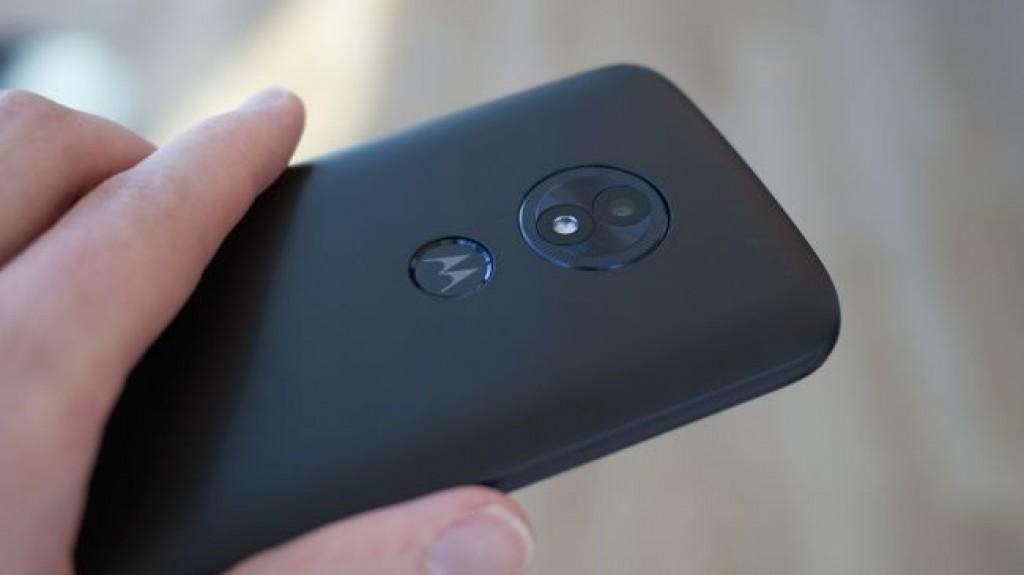 Смартфон Moto E5 Play