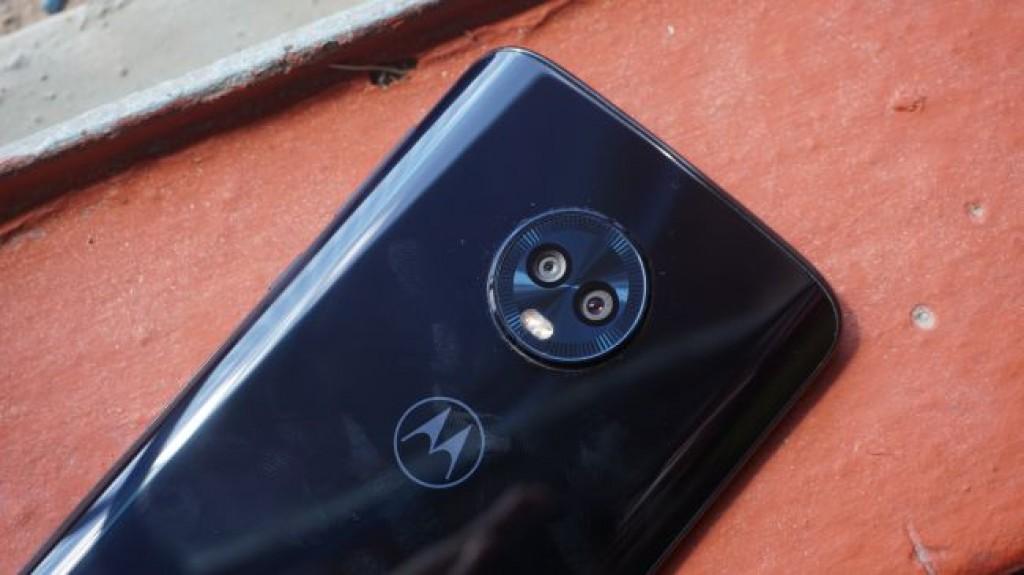 Смартфон Moto G6 Plus