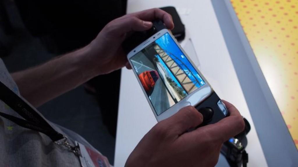 Игровой смартфон - Moto Z2 Force