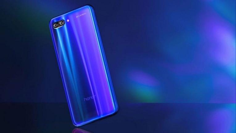 Сравнение Honor 10 против Huawei P20