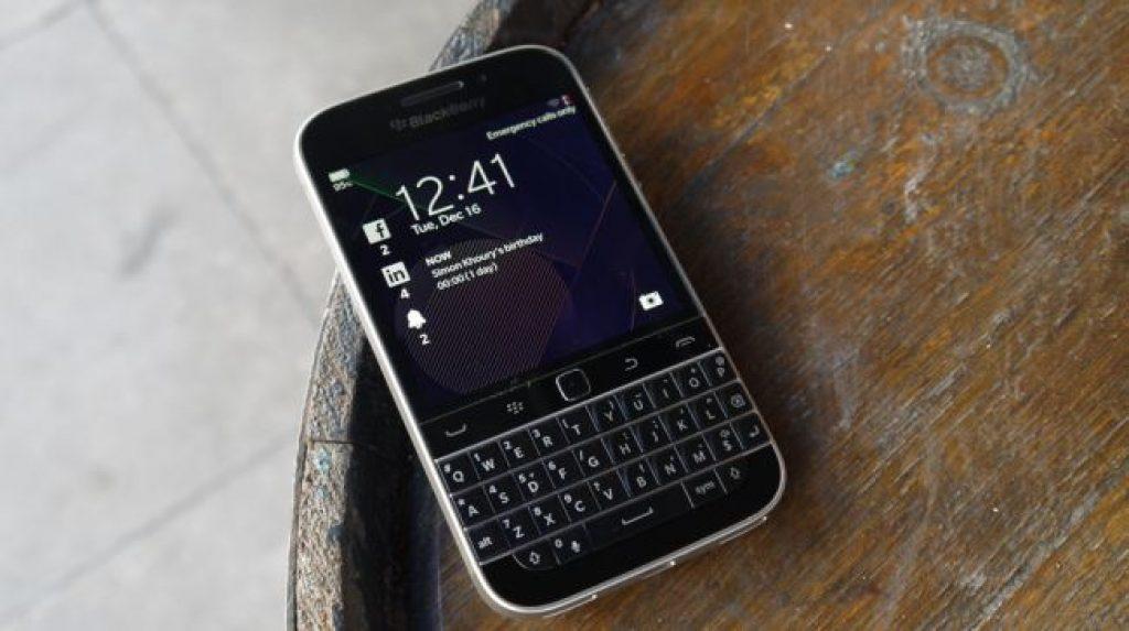 Смартфон для работы - BlackBerry Classic