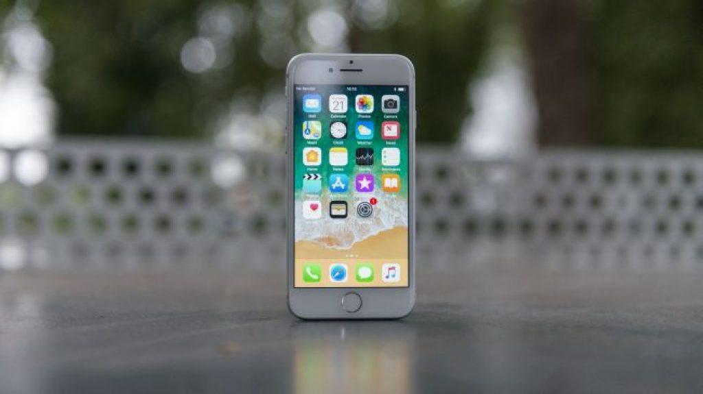 Смартфон для работы - iPhone 8