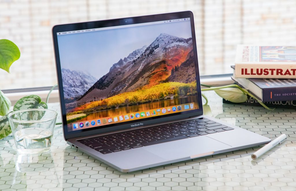 Apple MacBook Pro 13 (2018)
