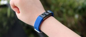 Обзор Fitbit Ace