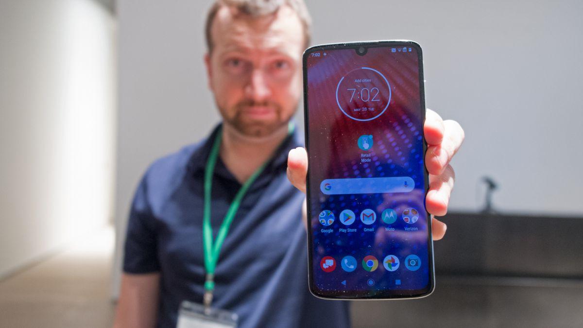 Обзор Motorola Moto Z4