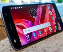 Предварительный обзор Motorola Moto Z2 Play