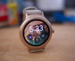 Google Pixel Watch лучше Apple Watch?