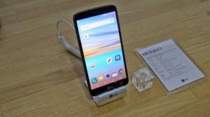 Смартфон LG Stylus 3