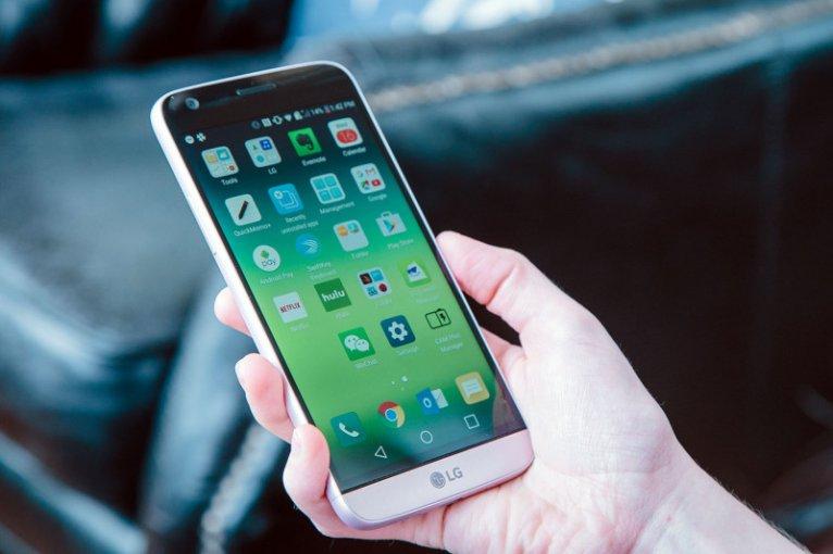 Телефон LG G5