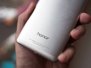 Бюджетный Honor 5X