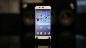 Обзор Huawei P10