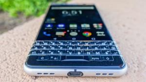 Смартфон BlackBerry KeyOne