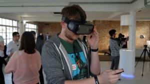 Виртуальный шлем Samsung Gear VR (2017)