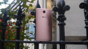 Бюджетный смартфон Blu Vivo 6