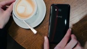 HTC U11 VS HTC 10