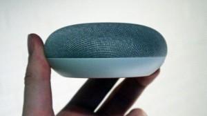 Динамик Google Home Mini