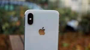 Выступ камеры iPhone X