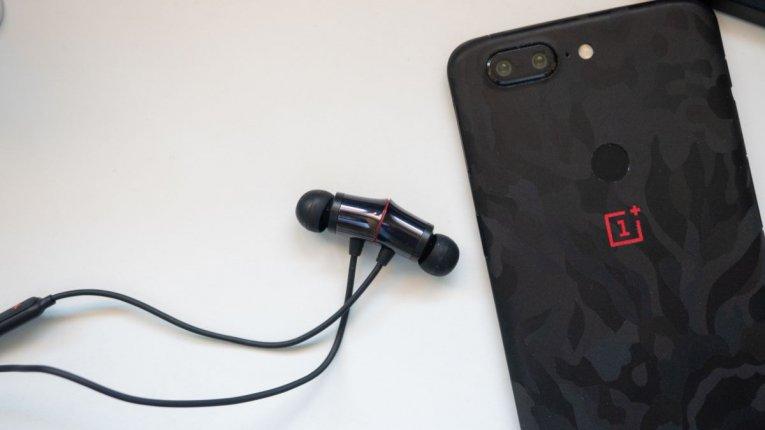 Обзор OnePlus Bullets Wireless