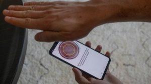 Смартфон LG G8