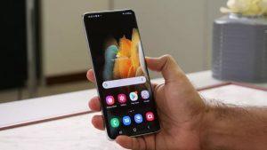 Обзор Samsung Galaxy S21 Plus