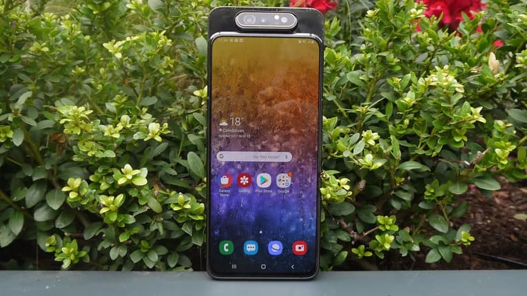 Samsung Galaxy A82